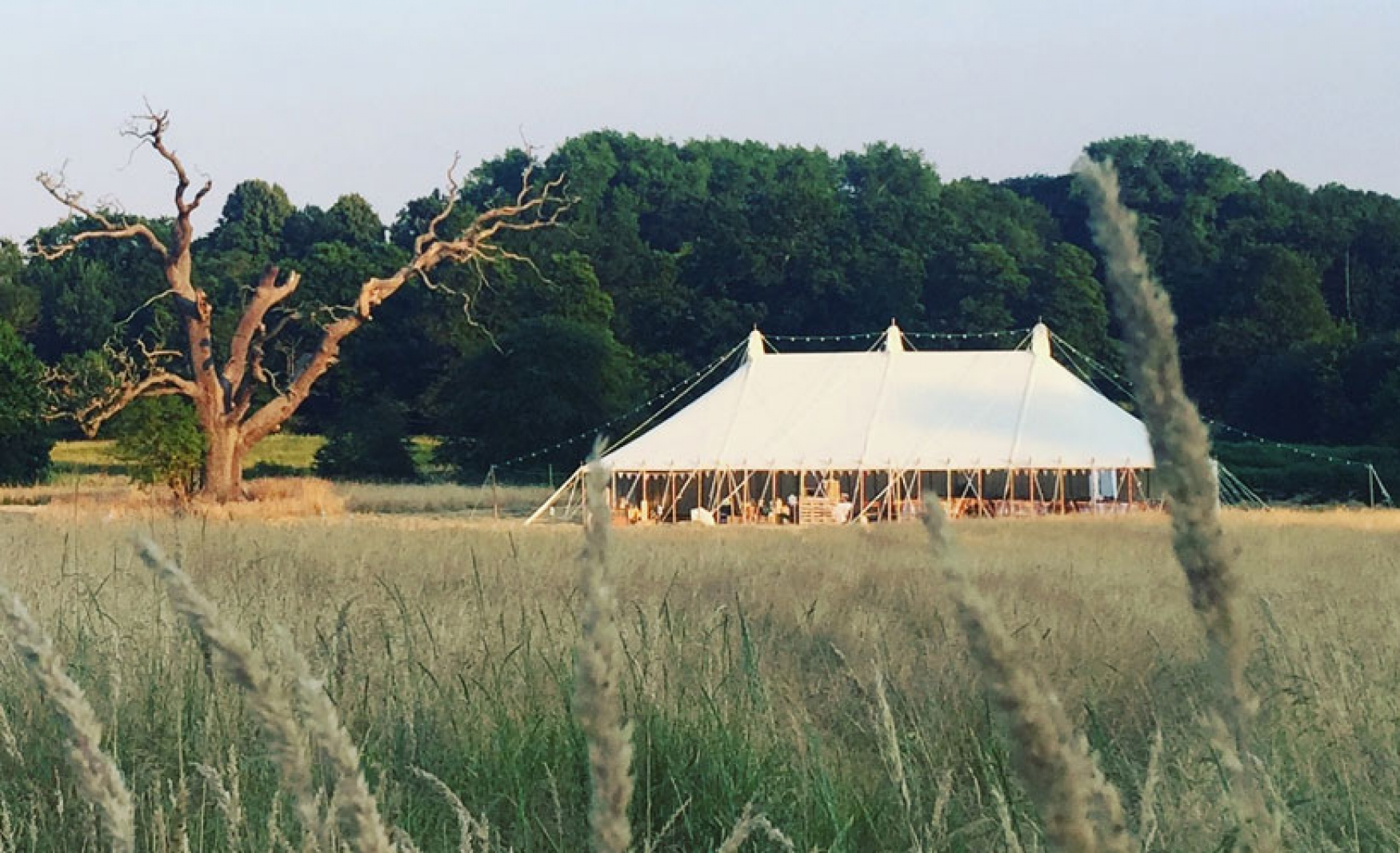 fiesta-fields-outdoor-wedding-events-company-tipi-surrey-sussex-hidden-valley-godalming