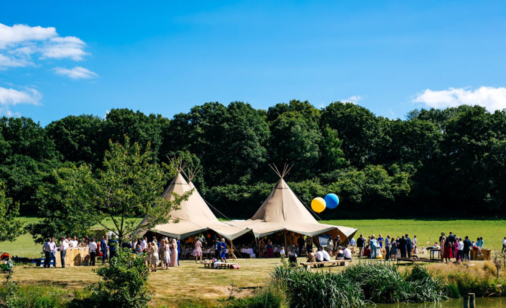 fiesta-fields-outdoor-wedding-events-company-tipi-surrey-sussex-maplehurst-farm-nuthurst