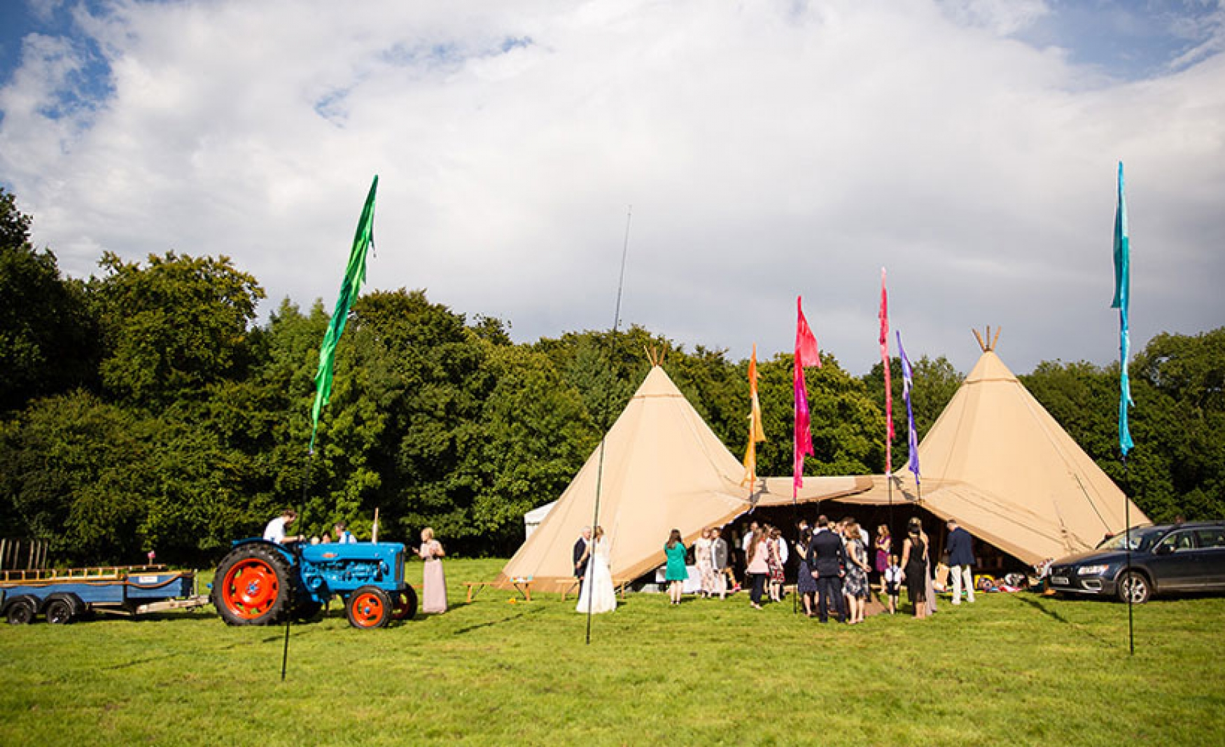 fiesta-fields-outdoor-wedding-events-company-tipi-surrey-sussex-staffhurst-wood-edenbridge
