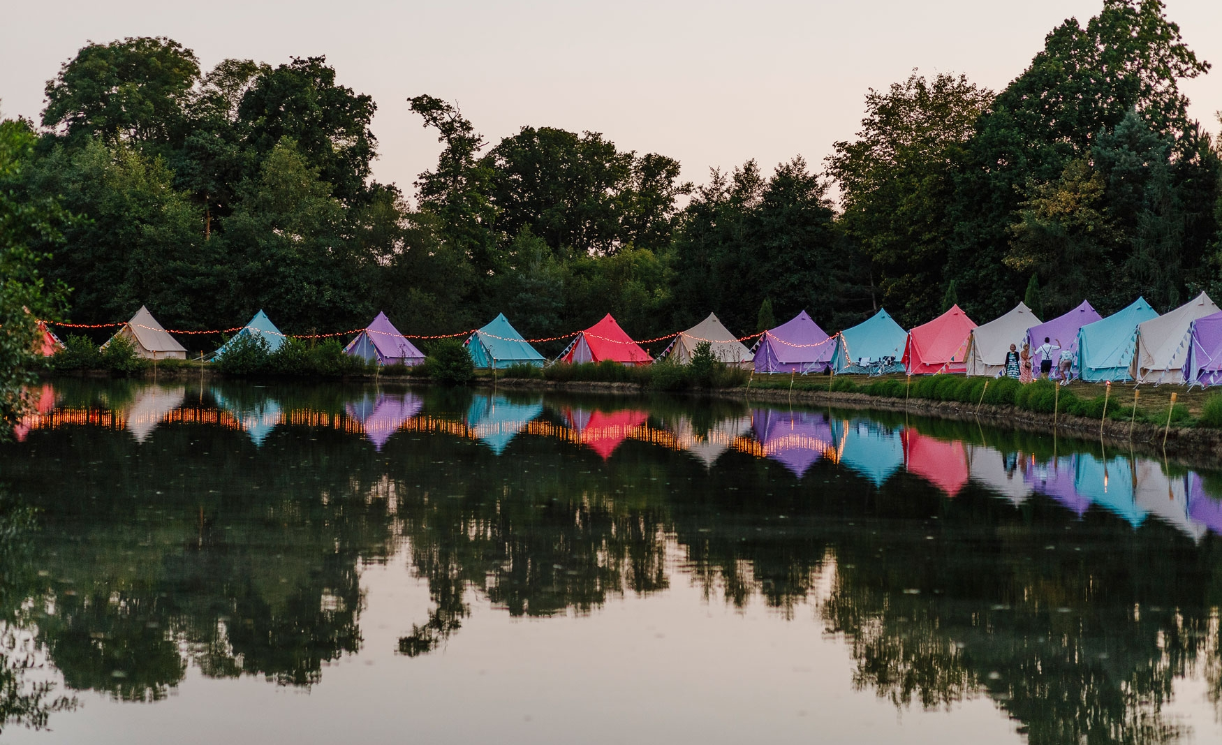 fiesta-fields-outdoor-wedding-events-company-tipi-surrey-sussex-spirit-lake-doking-7