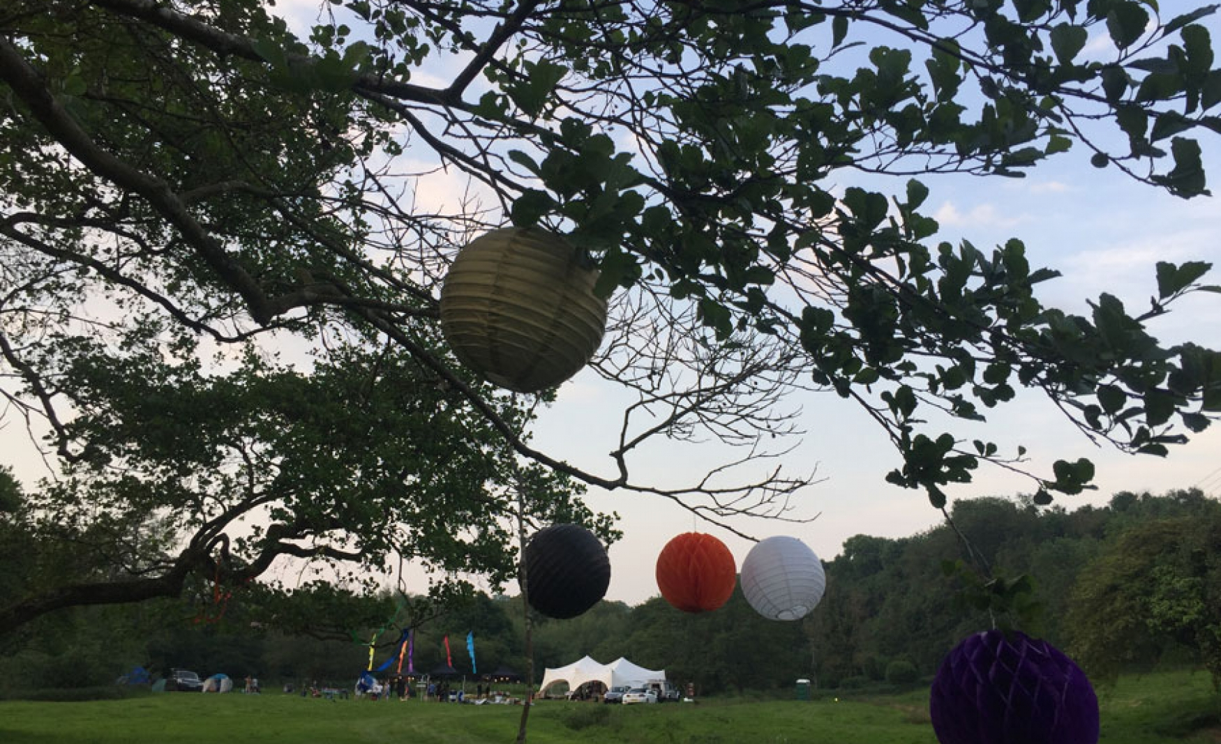 fiesta-fields-outdoor-wedding-events-company-tipi-surrey-sussex-eashing-farm-godalming-3