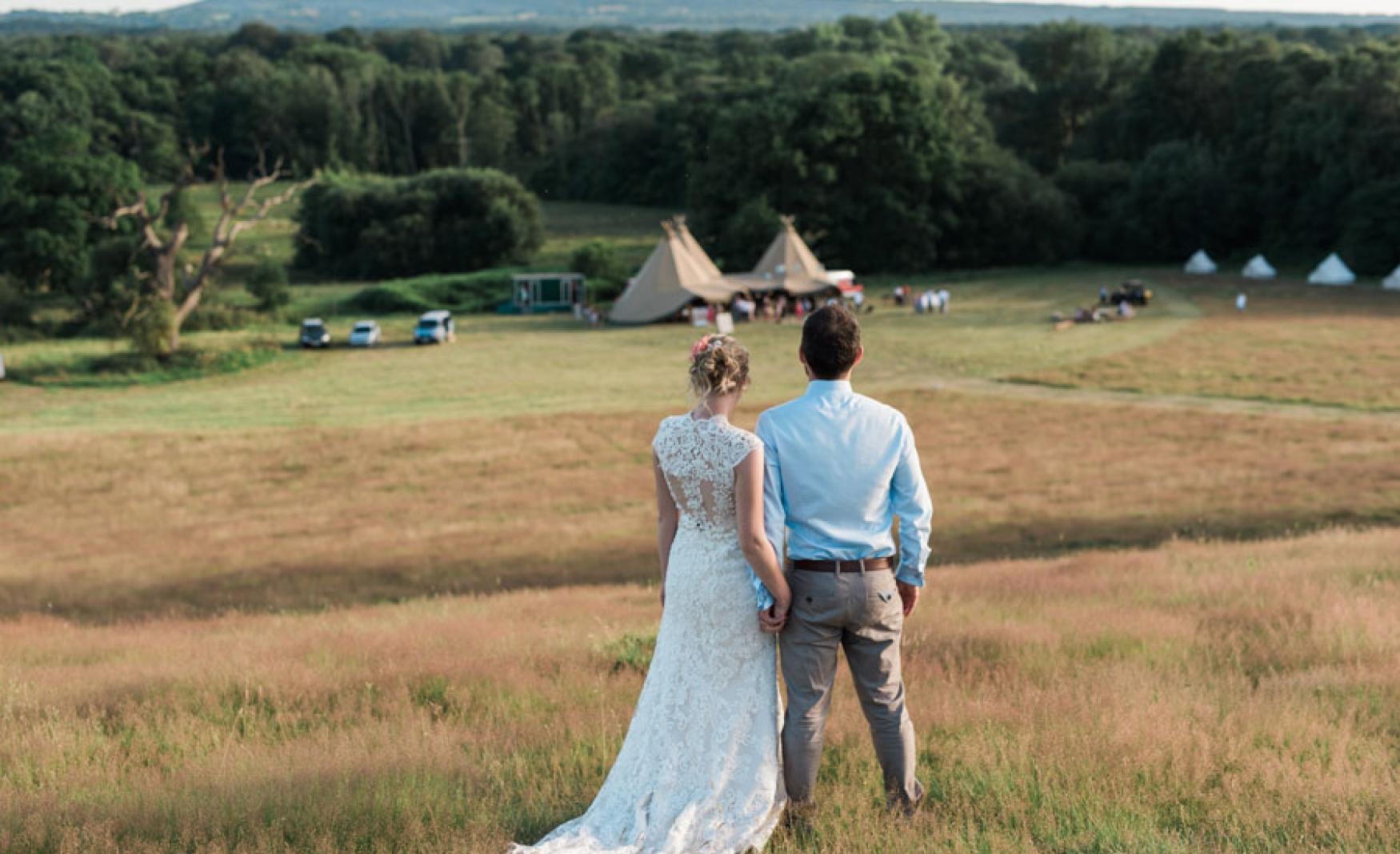 fiesta-fields-outdoor-wedding-events-company-tipi-surrey-sussex-hidden-valley-godalming-3