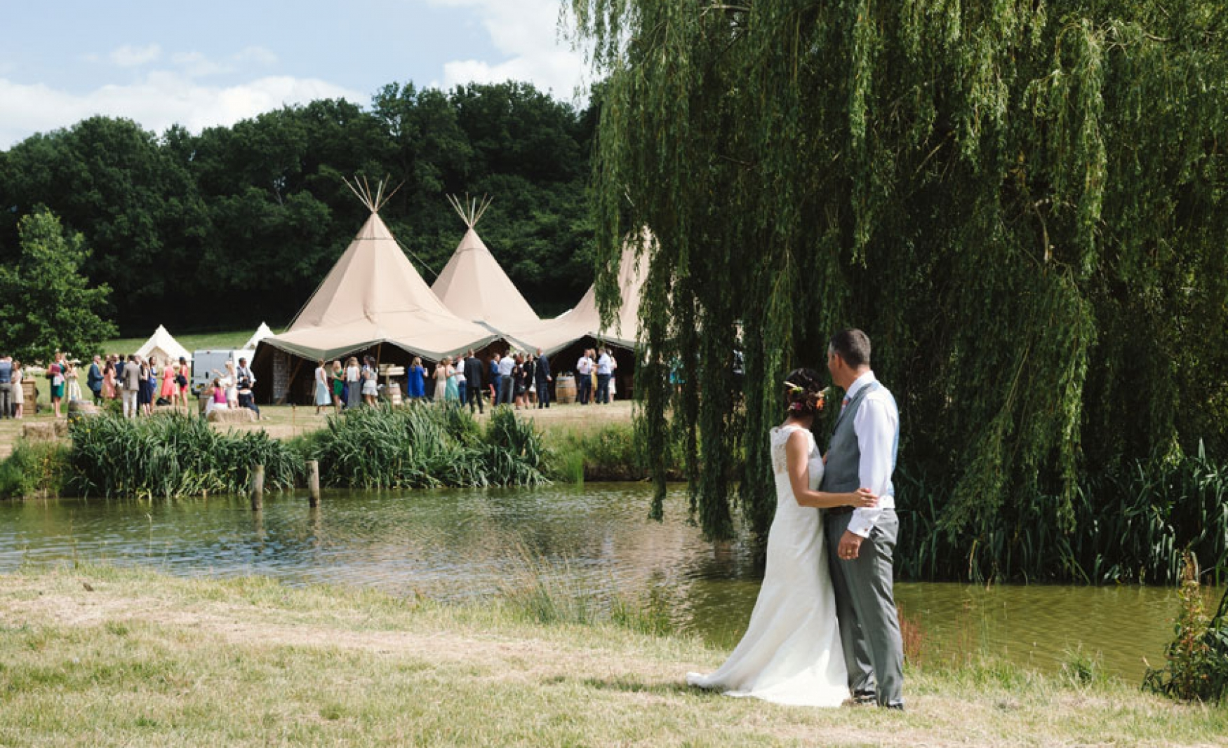 fiesta-fields-outdoor-wedding-events-company-tipi-surrey-sussex-maplehurst-farm-nuthurst-2