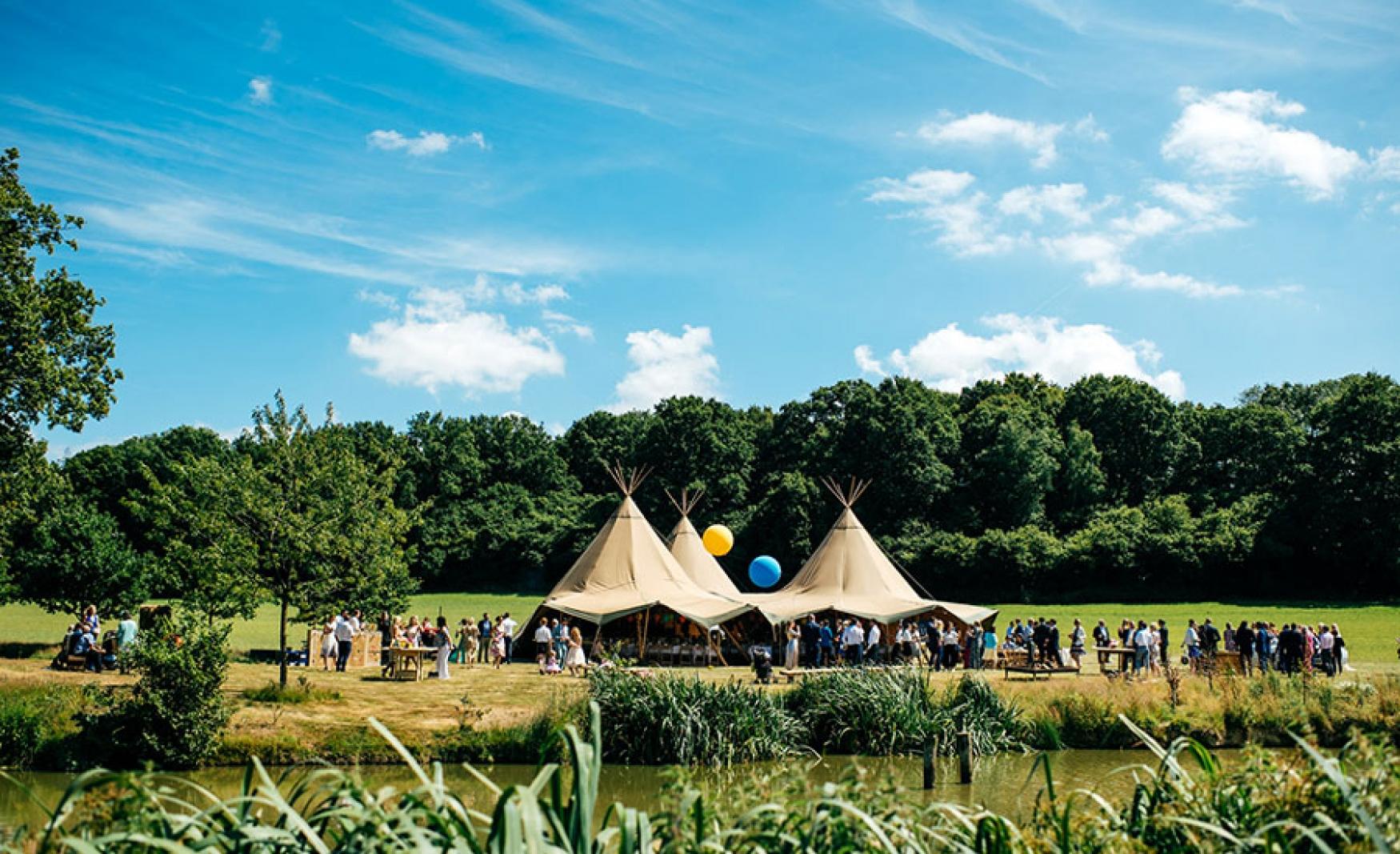 fiesta-fields-outdoor-wedding-events-company-tipi-surrey-sussex-maplehurst-farm-nuthurst-3