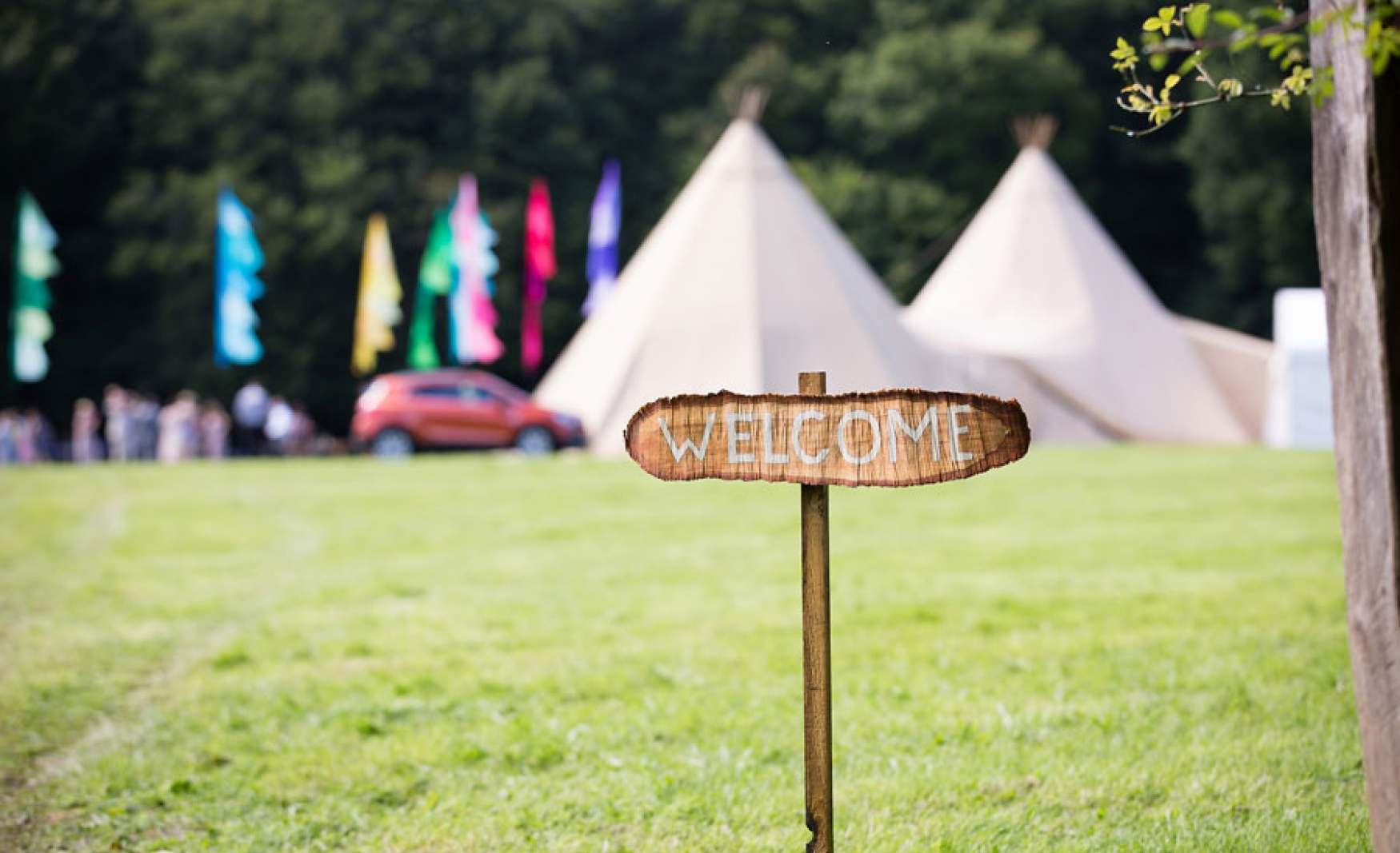 fiesta-fields-outdoor-wedding-events-company-tipi-surrey-sussex-staffhurst-wood-edenbridge-2