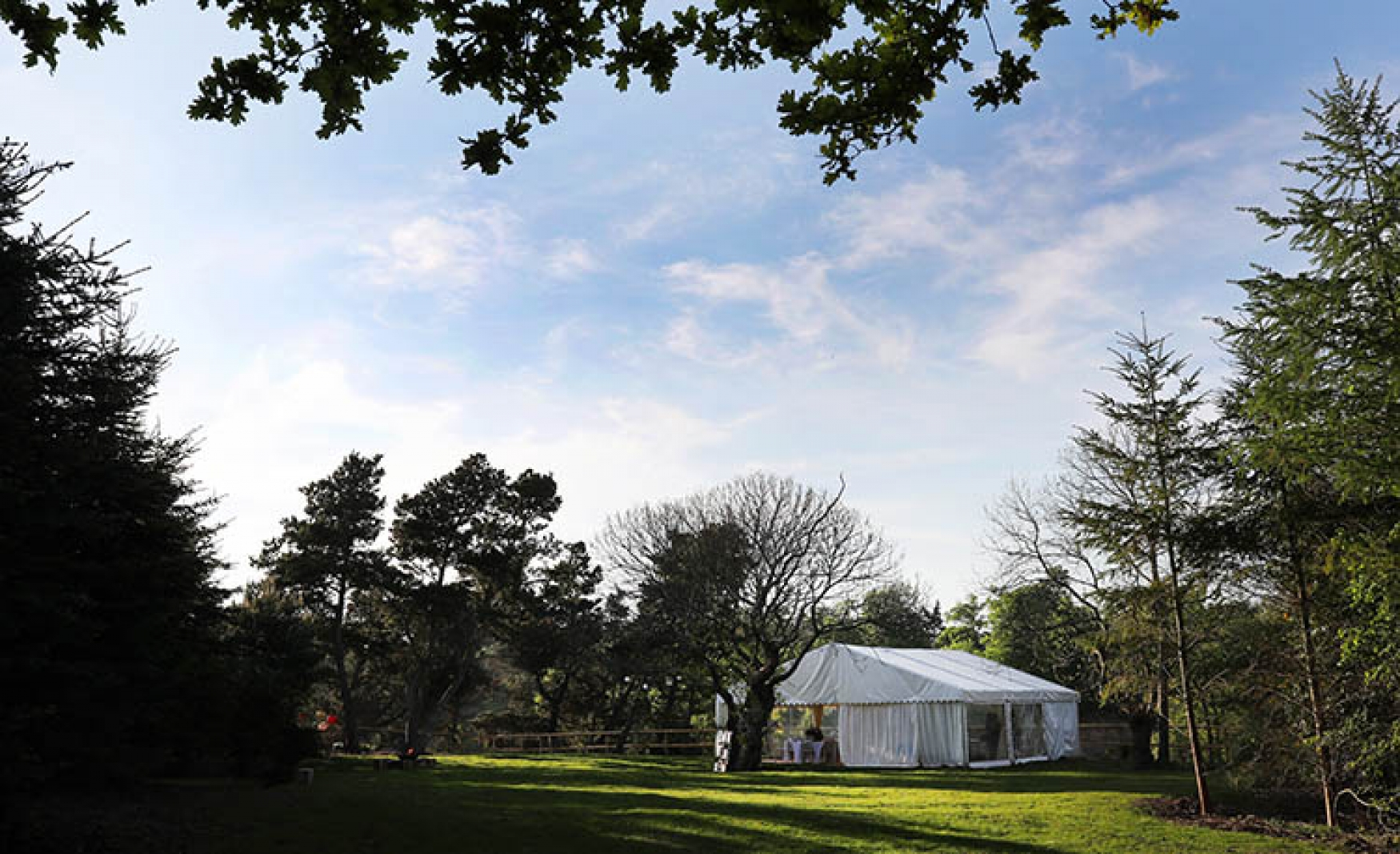 Buckland-Park-Lake-events-lawn