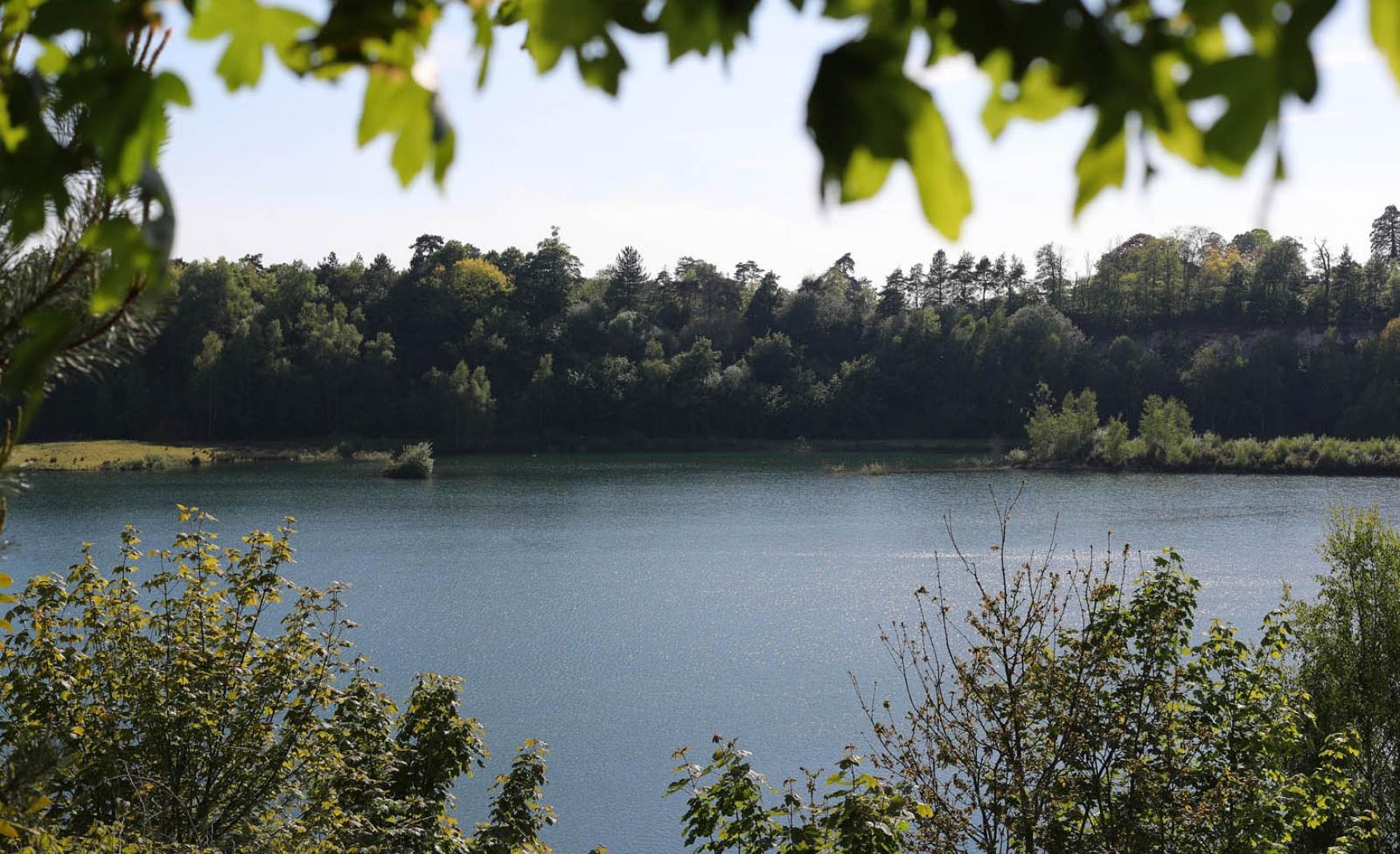 Buckland-Park-Lake-fiesta-fields-3