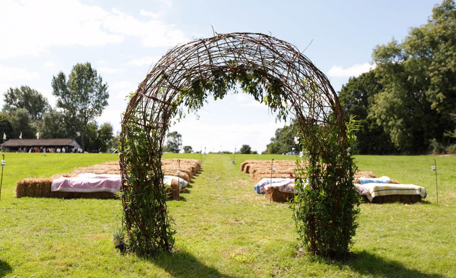 west-sussex-outdoor-ceremony
